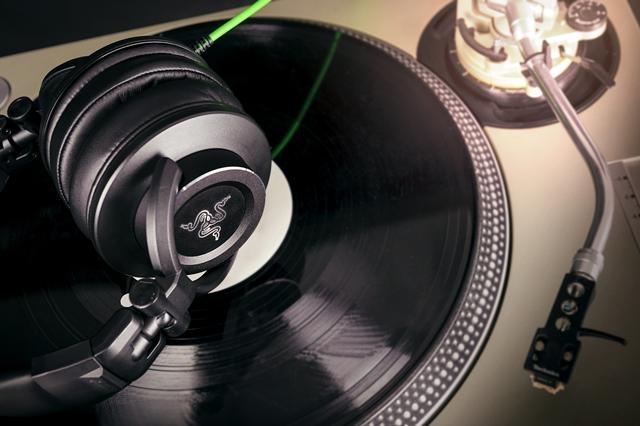 Слушалки RAZER Adaro DJ