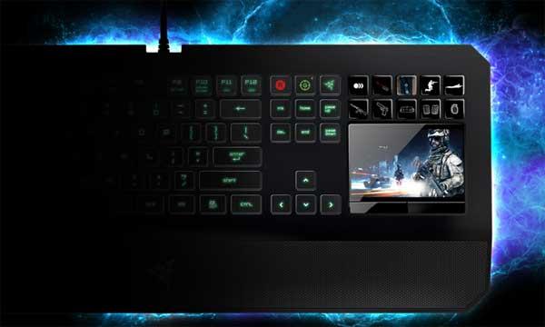 Клавиатура RAZER DeathStalker Ultimate, с 4.05 инча тъч дисплей за управление на апове и уиджити, подсветка, USB връзка